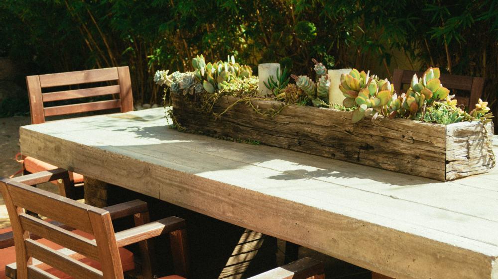 jak urządzić ogród na balkonie