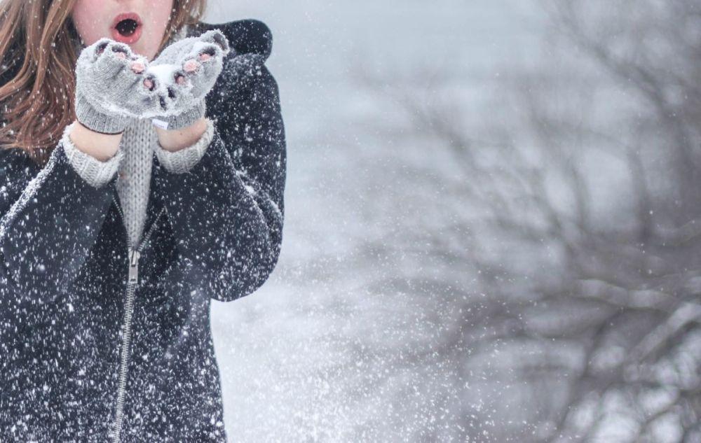 Jak pielęgnować cerę zimą, aby była zdrowa?