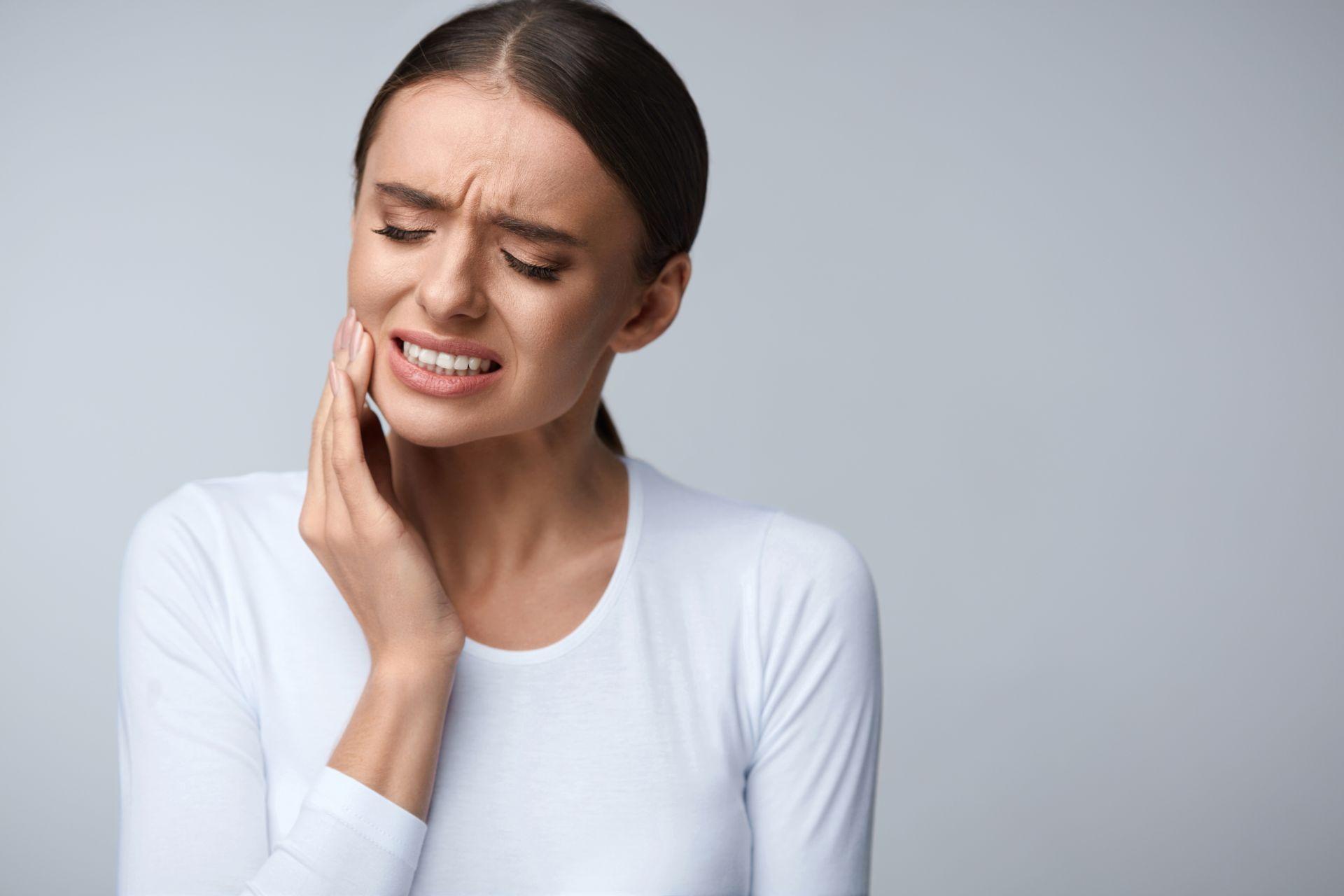 Nadwrażliwość? Poznaj nowoczesne metody wybielania nadwrażliwych zębów!
